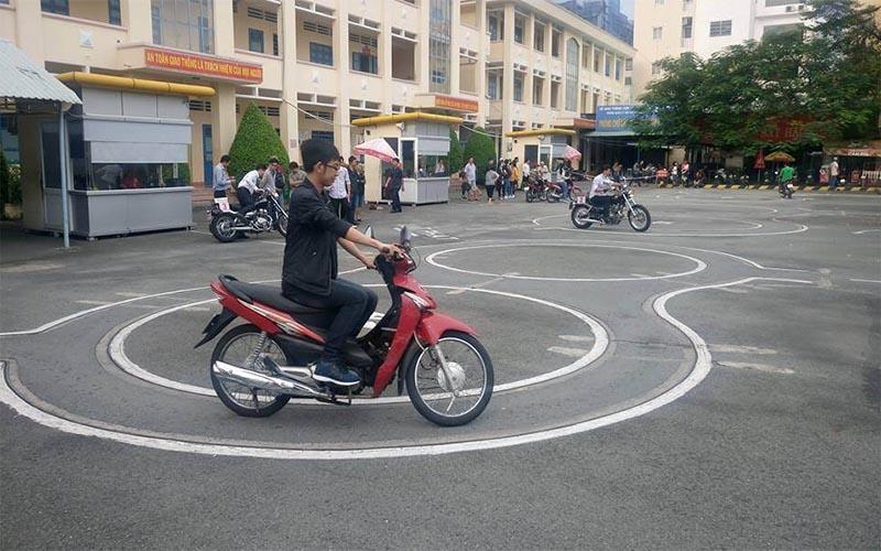 Trung tâm dạy học bằng lái xe máy A1