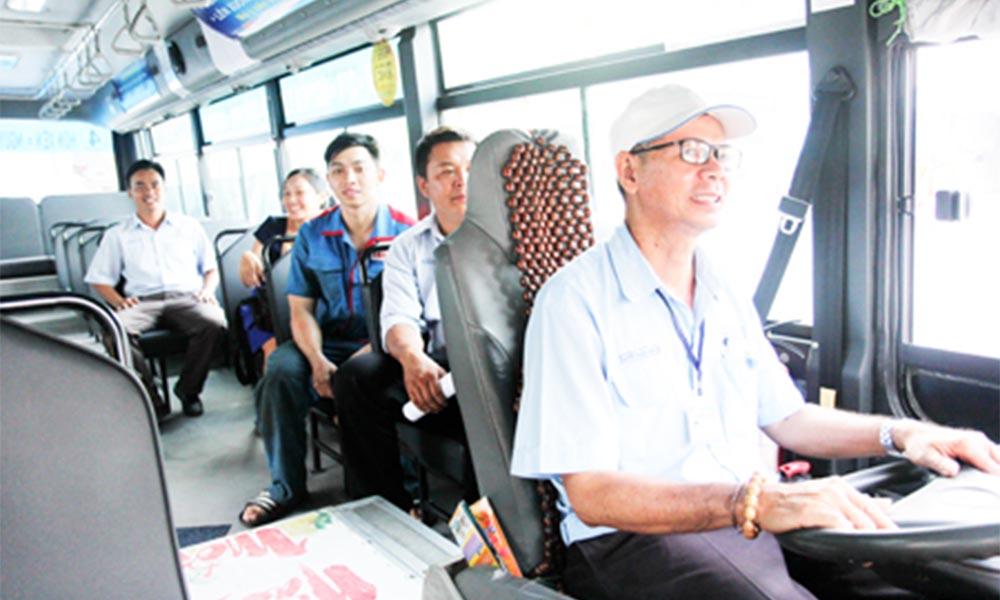Người lái xe buýt